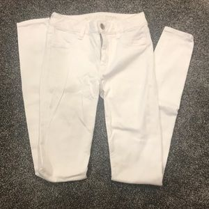 American Eagle white skinny jeans